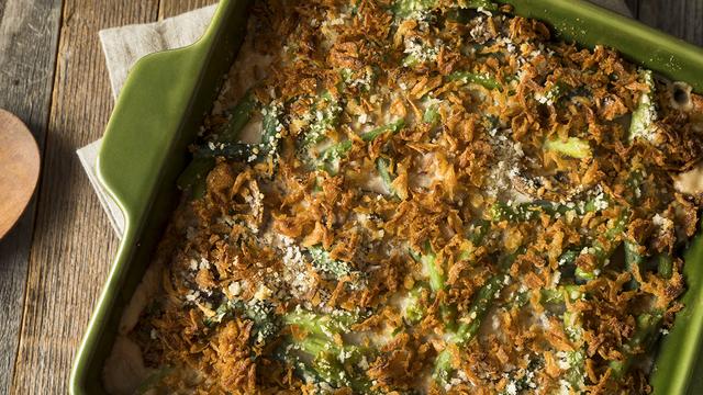 Homemade Green Bean Casserole_477983