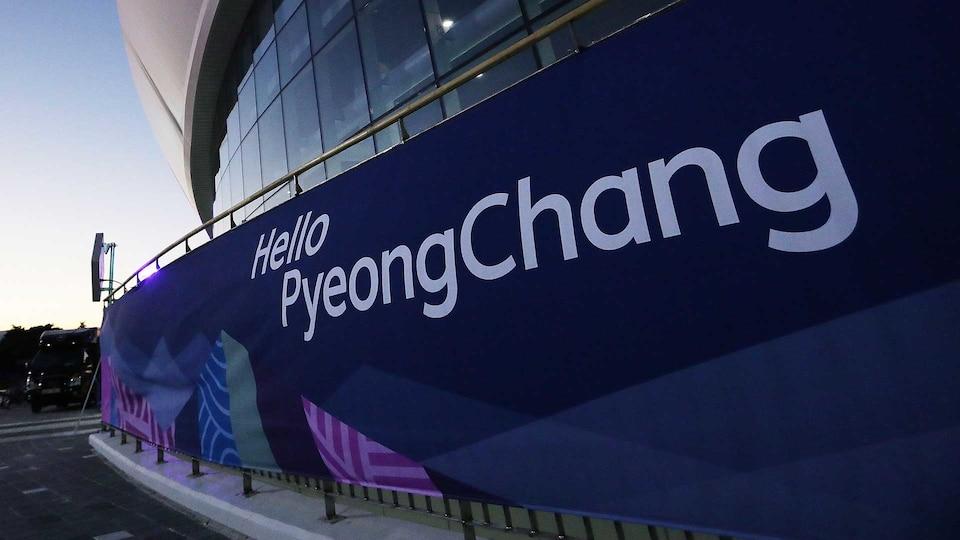 1920x1080_hellopyeongchangsign_gettyimages-632082010_515925