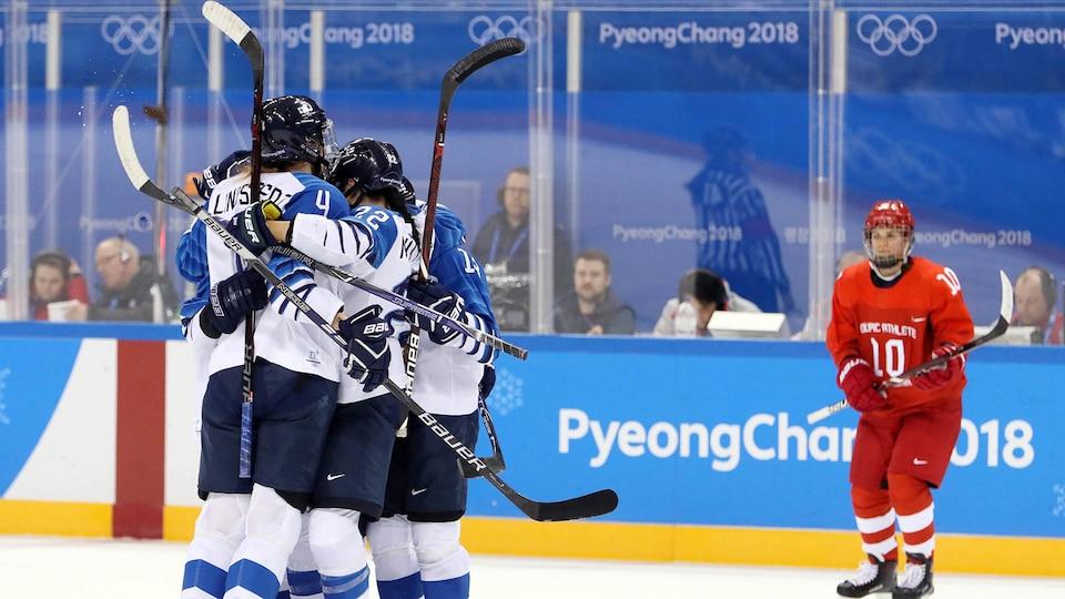 usa-finland-oar-womens-hockey_521404