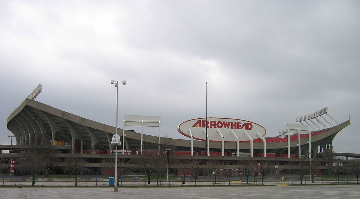Kansas_City_Arrowhead_Stadium_1548796048485.jpg