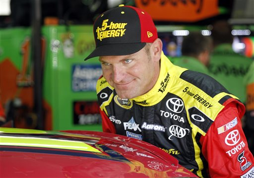 Clint Bowyer_134323
