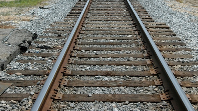 train-tracks_234038