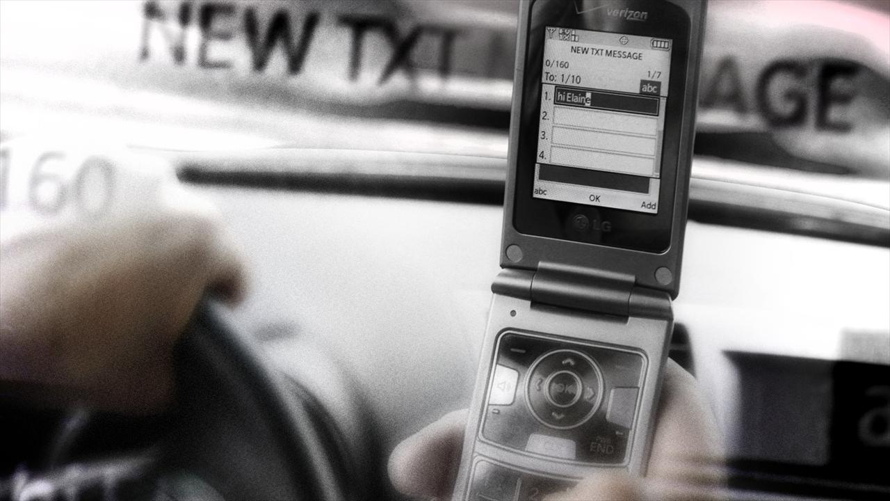 texting and driving, distracted driving, cell phone, car (AP)_199286