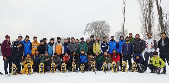 J&K SnowShoe Association under the auspices of SnowShoe Federation of India held SnowShoe run cum interaction programe at SP College Ground , Srinagar. Pic/KSW