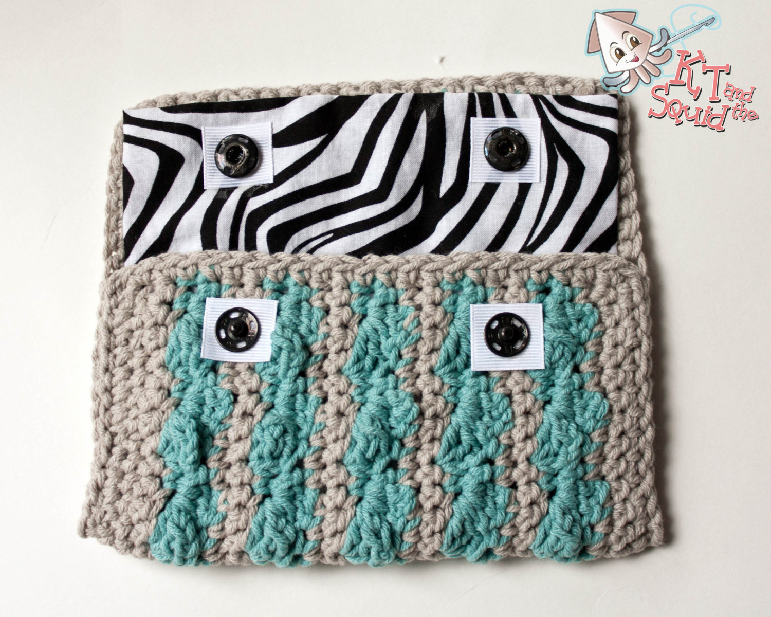 Pink Turquoise Knitted Coin Purse Wallet