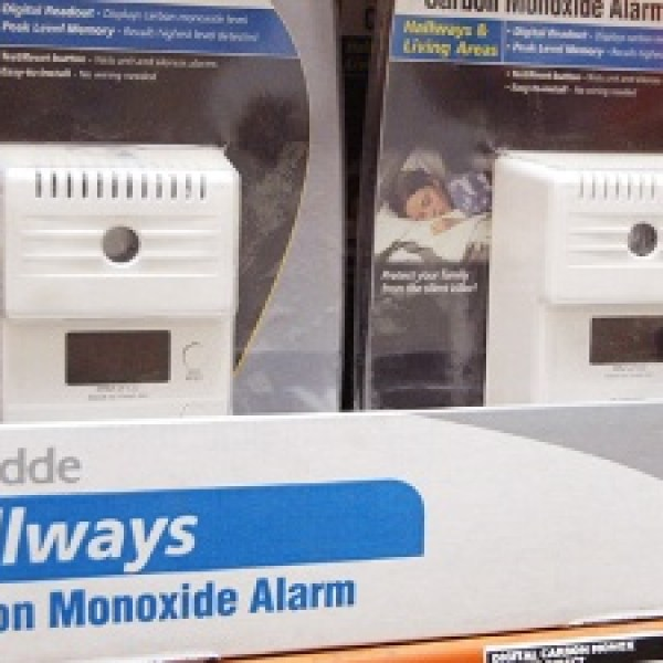 Carbon-monoxide-alarms-jpg_20151030203457-159532