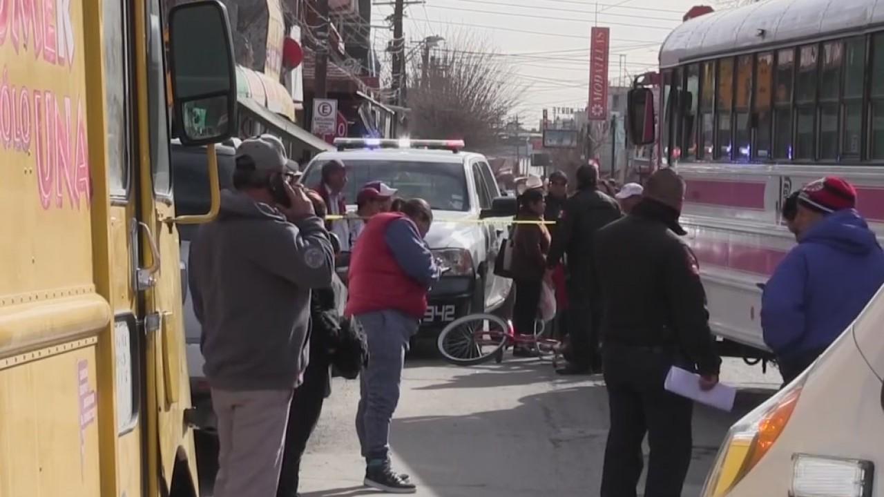 Juarez city bus kills bicyclist