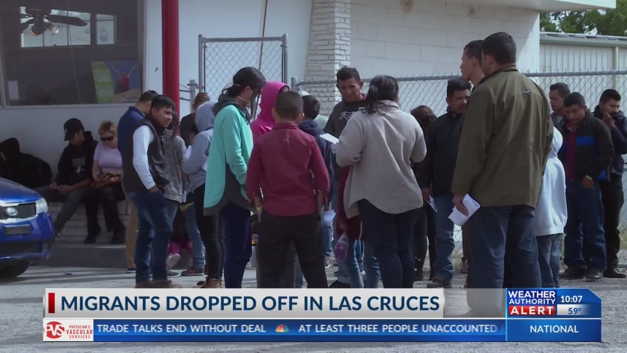 Border Patrol drops more than 100 migrants at Las Cruces bus stop