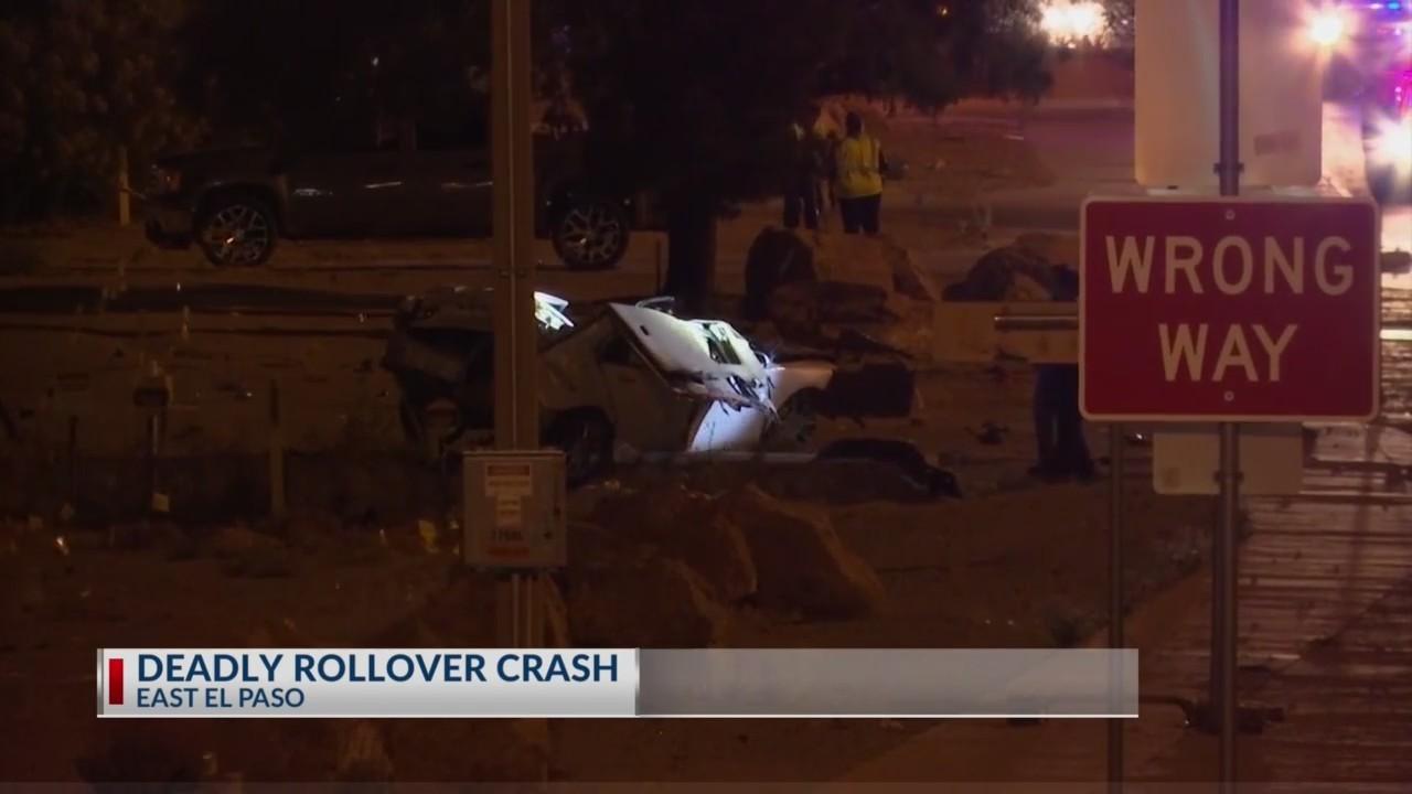Deadly crash closes Gateway East at McRae