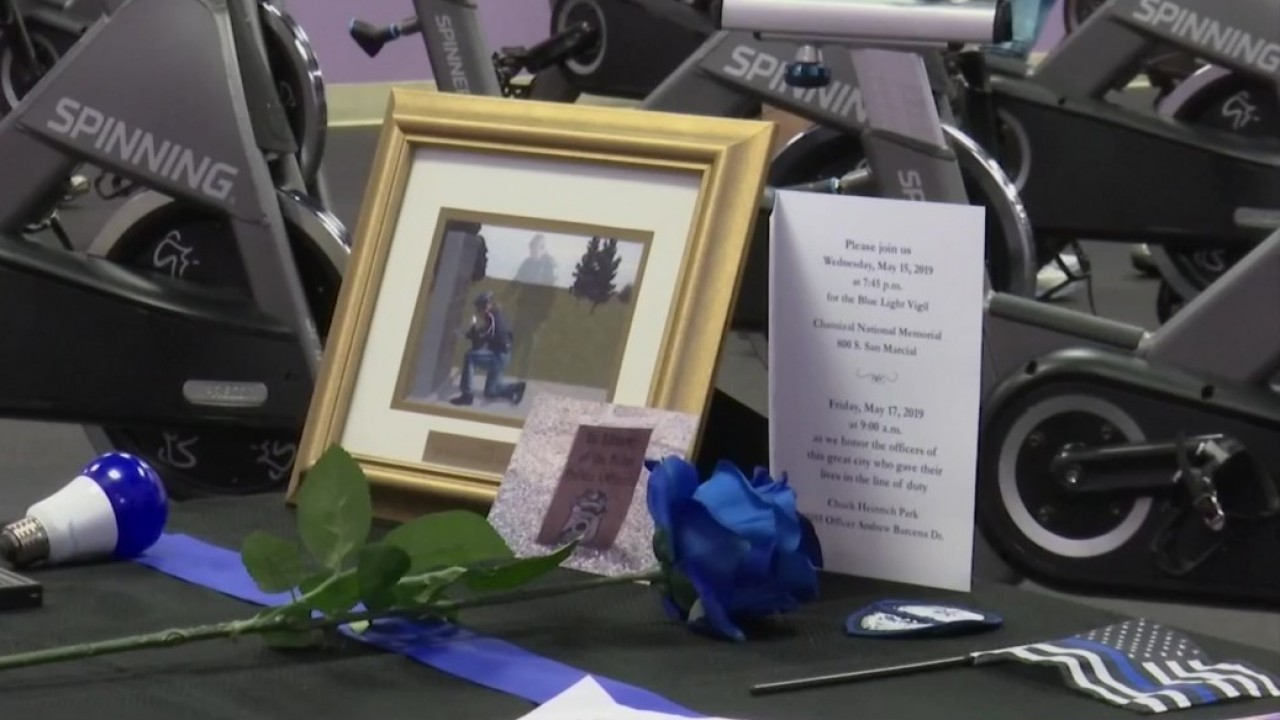 El Paso cyclists lace up in support of fallen officers