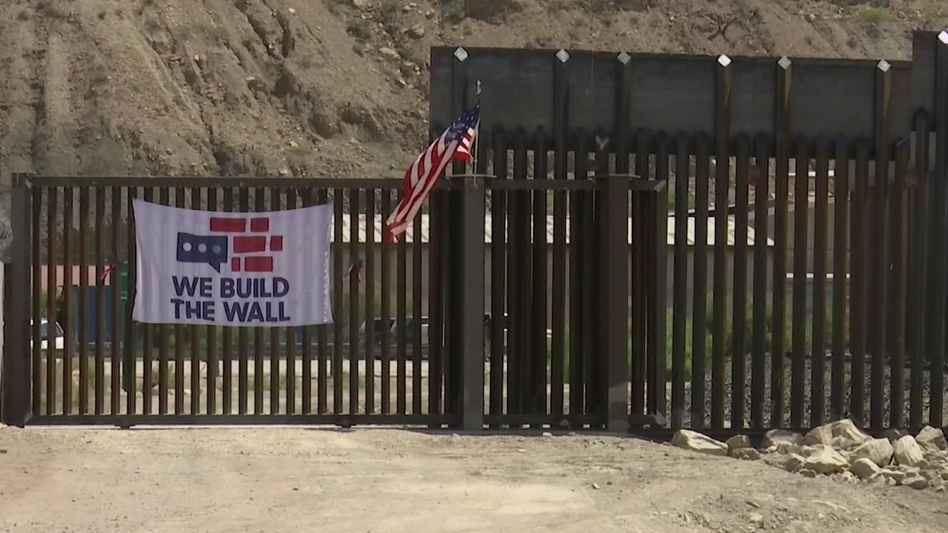 New border gate built on border barrier stirs up controversy over blocking access to Monument One