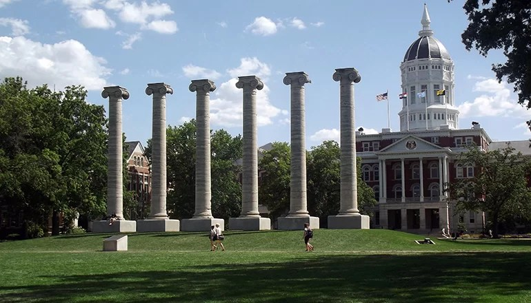 "Audio: University of Missouri Professor resigns after allegations of student ""servants"""