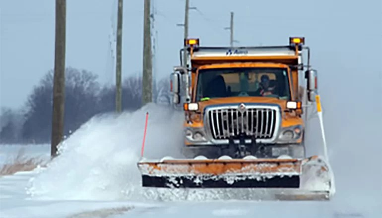 Winter storm looms in Missouri, motorist advised not to travel