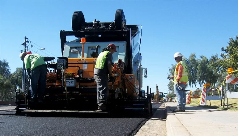 Trenton Street Department to work on asphalting street in Lake area