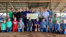 Platte County Livestock Boosters Receive Grant