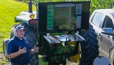 Bo Young explaining Climate FieldView technology