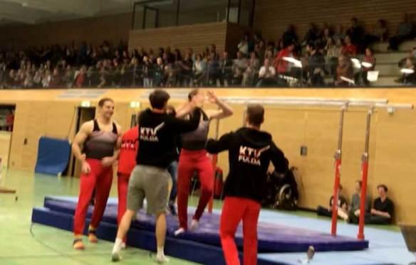 Die Mannschaft der KTV Fulda beim Jubel