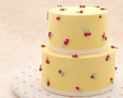 Hochzeitstorte 2 stckig Berlin  Torten  Kuchen