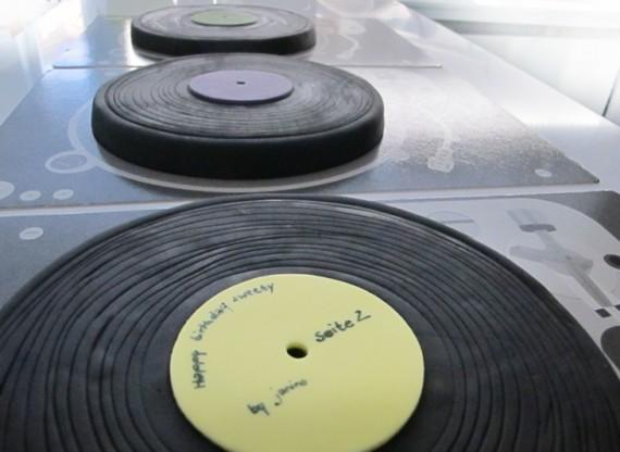Schallplatten Deko fr MusikKuchen Ses Gebck fr