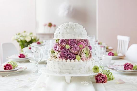 Ein HochzeitTortenTraum in Wei und Pastell