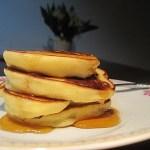 Zimny maj…Pancakes z bananami.