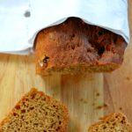 O chlebowej pamięci i o tym jak piekłam z Margot chleb z melasą i nasionami kopru włoskiego