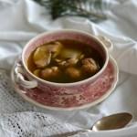 Zupa borowikowa z suską sechlońską i kasztanowymi łazankami. Jest taki dzień, gdy jesteśmy wszyscy razem!