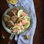 Bliny Maryi Monatowej i  łosoś marynowany w oleju rydzowym. Może?