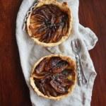 Tarta z karmelizowanymi szalotkami. Cebulowe smaki w Sezonowo od A do M