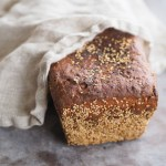 Chleb żytni z ziarnami na zakwasie. Marcowa Piekarnia ma głos!
