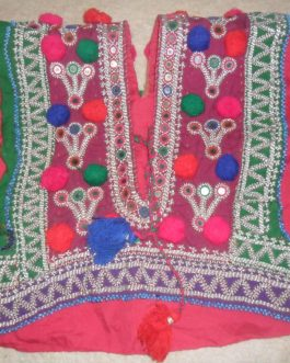 Kuchi Tribal Ladies Dress Hugs