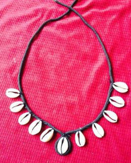 Shell & Cord Necklace
