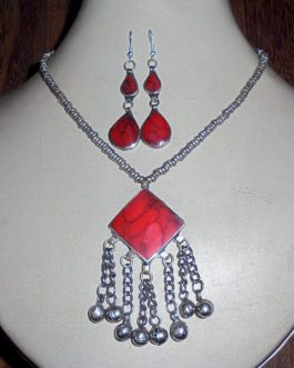 Coral Necklace & Ear Ring Set