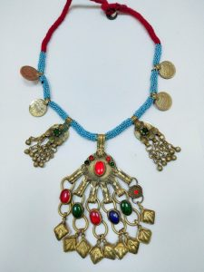 The Key To Buying The Perfect Antique Necklace