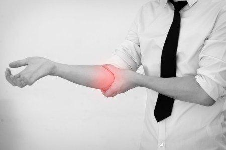 表示肘关节疼痛的影像