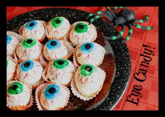 Eyeball Cake Ball Tutorial