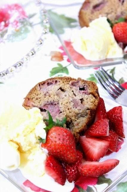 Old Fashioned Strawberry Rhubarb Bundt Cake