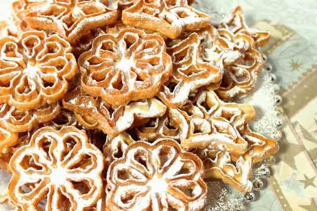 Fried Rosette Snowflake Cookies