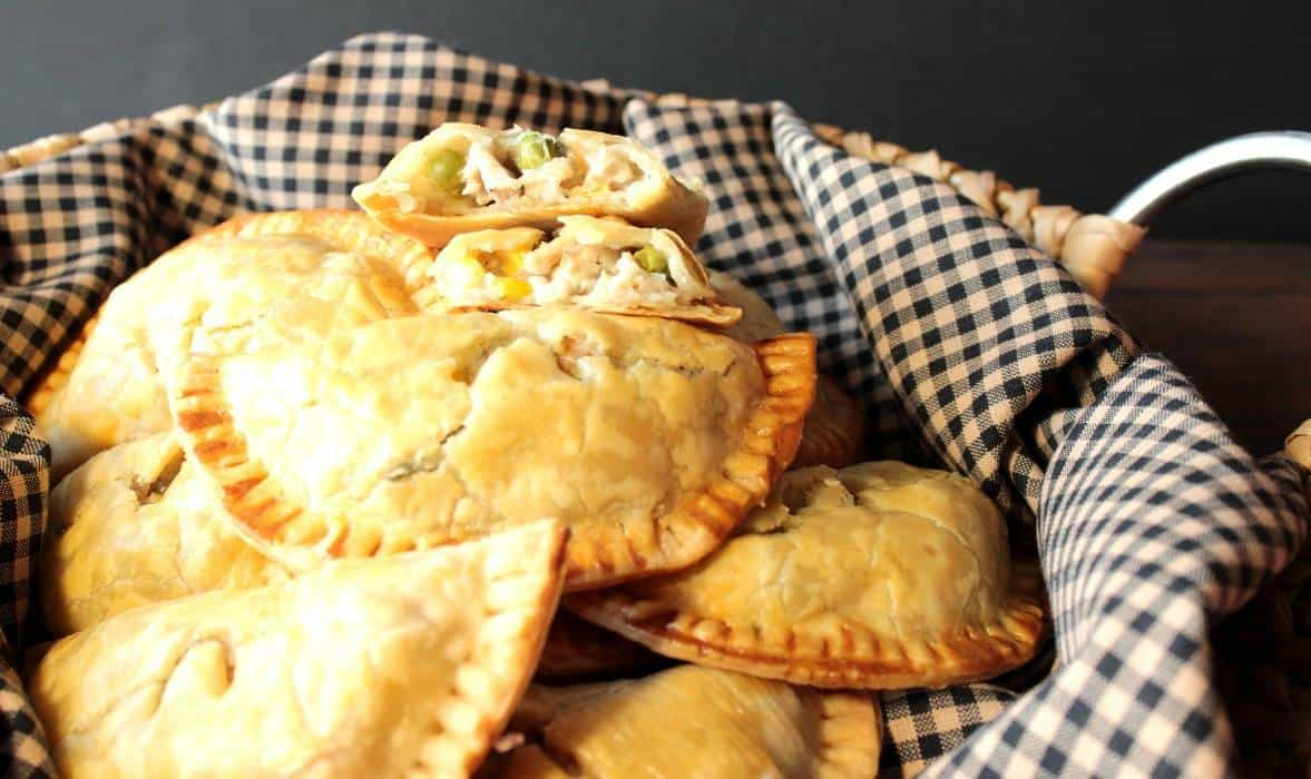 Baked Apple Pie Pockets