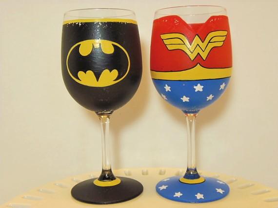Batman and Wonder Woman Wine Glass Set