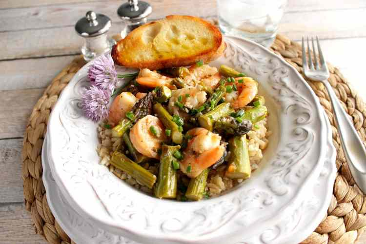 Saucy Shrimp and Asparagus over Brown Rice