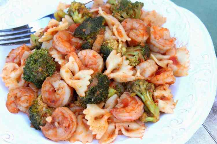 Spicy Shrimp Fra'Diavolo with Broccoli