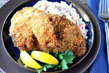 Homemade Fried Tilapia with lemon and cole slaw