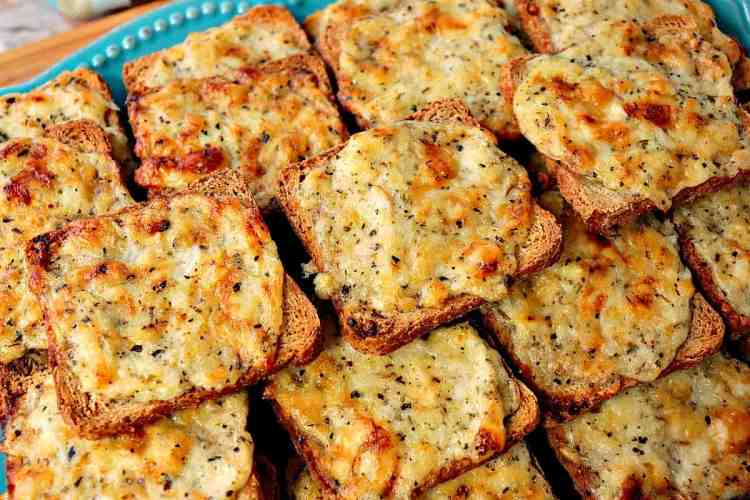 Easy to make Parmesan Onion Appetizer Squares - Kudos Kitchen by Renee