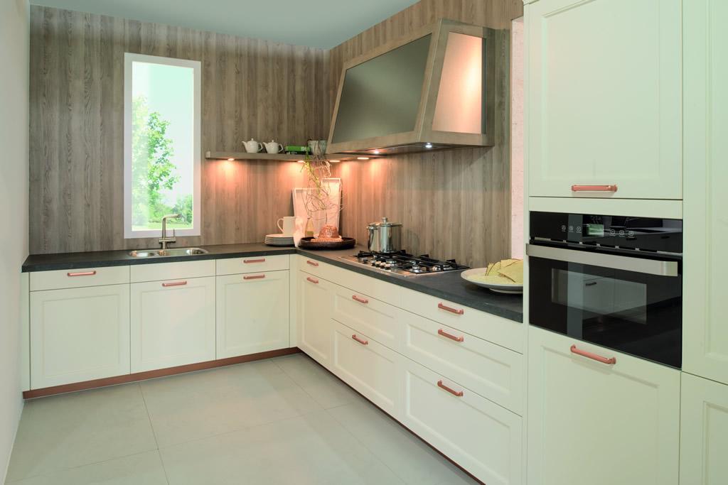 kchenzeile 2 40 top with kchenzeile 2 40 trendy kchenzeile ohne egerte fulda breite cm grau. Black Bedroom Furniture Sets. Home Design Ideas