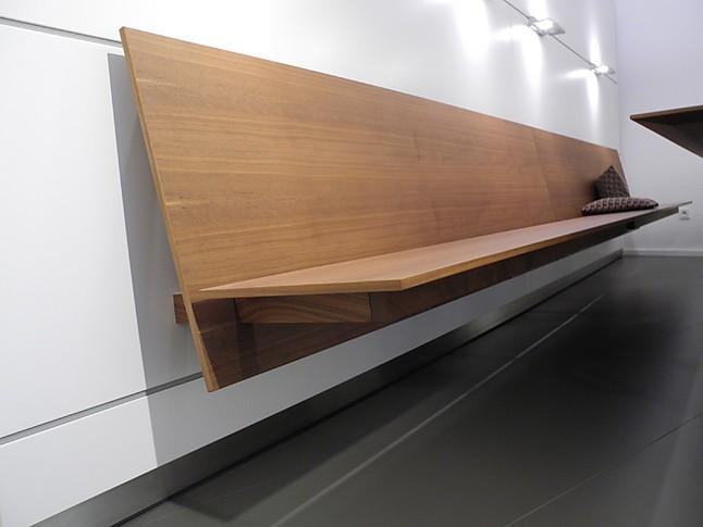 bulthaupMusterkche Bank  Tisch Ausstellungskche in