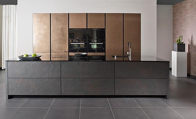 moderne einbaukuechen kochinsel. Black Bedroom Furniture Sets. Home Design Ideas
