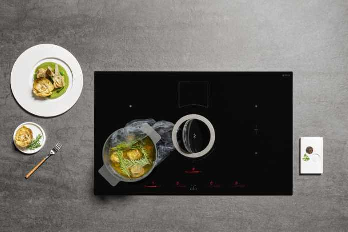 Together with BORA, the Italian company Elica was one of the first suppliers of high-quality hobs with integrated extractor, the so-called downdraft. (Photo: Elica, NIKOLATESLA SWITCH)