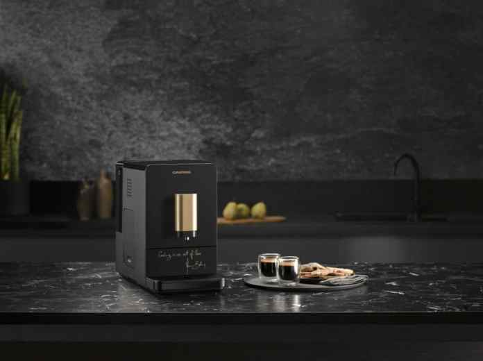 The strong use of gold comes into its own on the fully automatic coffee machine - in parallel to Bottura's key sentence