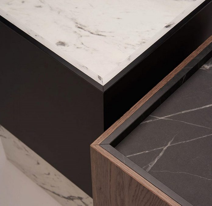 Highly filigree processed marble with sophisticated edging in matt lacquer or wood: with this deceptively real Perfect Sense matt lacquer, EGGER recently won the German Design Award 2020. (Photo: EGGER)